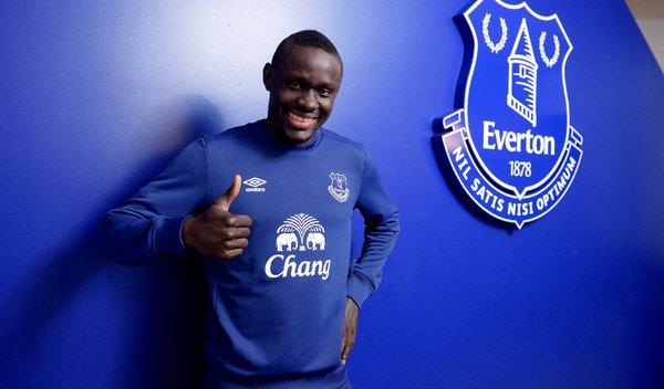 Baye Omar Niasse (Everton) : « Koeman a retiré mon numéro de maillot et m'a dit que je n'avais plus ma place »