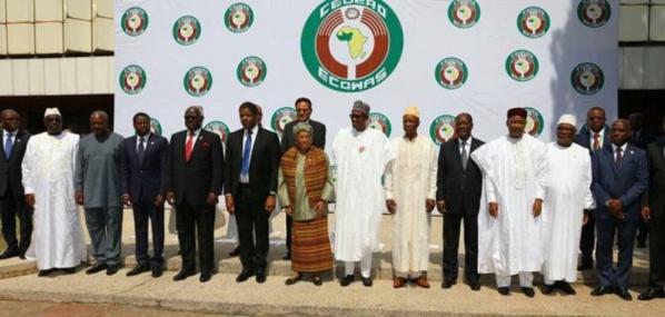 """Crise politique en Gambie : les dirigeants de la CEDEAO se réunissent à Accra ce samedi 7 janvier pour prendre une """"décision majeure"""""""