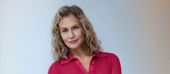 A 73 ans, l'actrice Lauren Hutton décroche une campagne mode d'envergure
