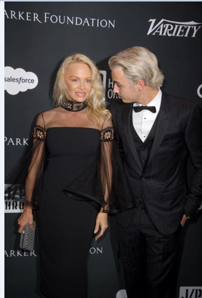 Pamela Anderson en compagnie de son fils, Brandon