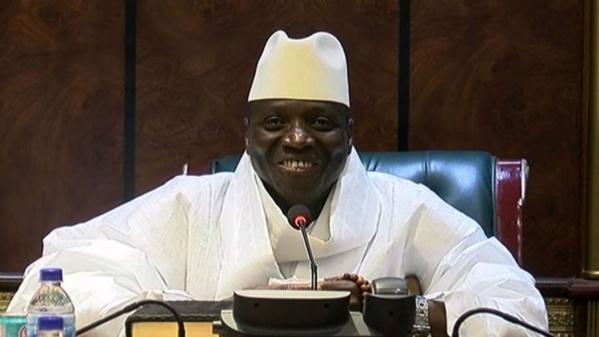 Gambie: Jammeh annonce une loi d'amnistie pour éviter toute chasse aux sorcières