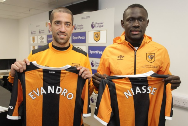 Transfert: Baye Oumar Niass verra-t-il le bout du tunnel à Hull City?