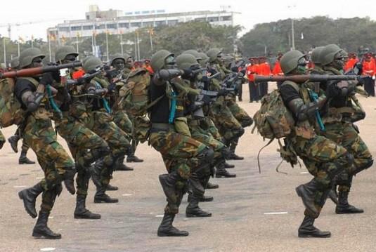 """""""Le président de la République et chef des forces armées ghanéennes, M. Nana Akufo-Addo, a autorisé l'envoi de troupes de combat de 205 hommes, appuyées par du matériel militaire, en Gambie, dans le cadre de l'accord de la Cédéao""""."""