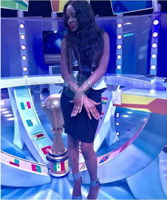 Photo: Queen Biz dans l'émission 'Tout sur la Can' pour supporter les Lions