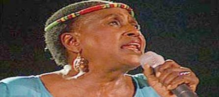 MIRIAM MAKEBA, « MAMA AFRICA »  La rebelle souveraine s'est assoupie à jamais