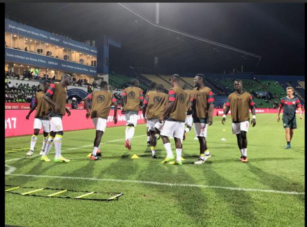 """Photos- les """"Lions"""" du Sénégal à l'échauffement"""