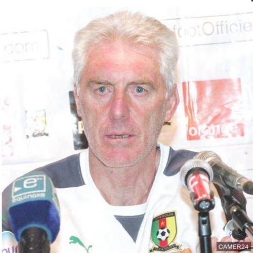 Le sélectionneur du Cameroun Hugo Broos