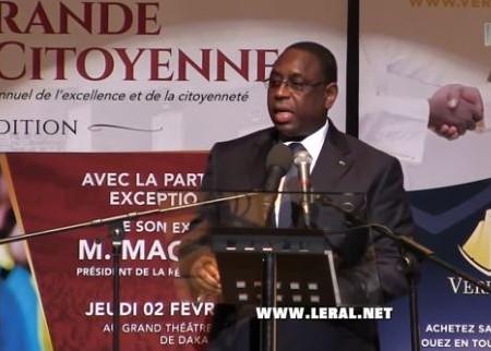 """Macky Sall:""""Il y a des gens qui sont devenus fous, car ils veulent coûte que coûte devenir président..."""""""