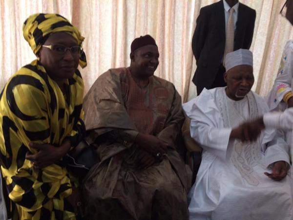 Gambie : Le nouvel homme fort de Banjul Adama Barrow a reçu l'ancien président Dawda Jawara
