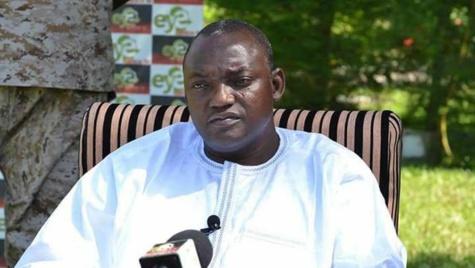 Le Président de la Gambie Adama Barrow alerte sur la situation financière du pays