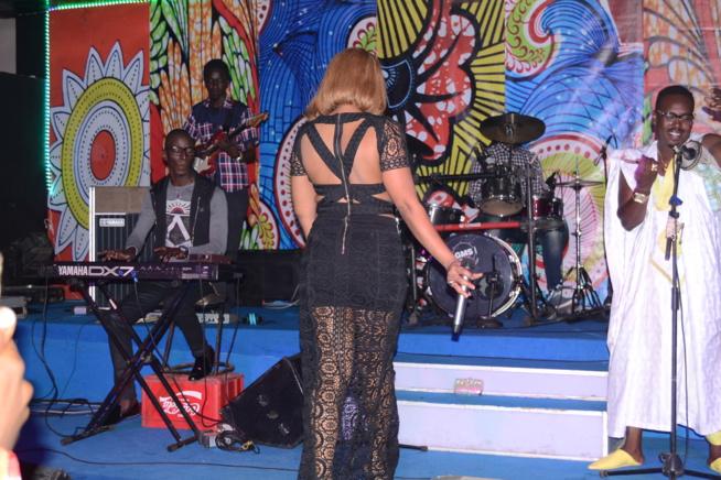Viviane CHIDID met le feu au SARABAA avec ses fans avant la sortie officielle de son album prévu le lundi 13 Fevrier