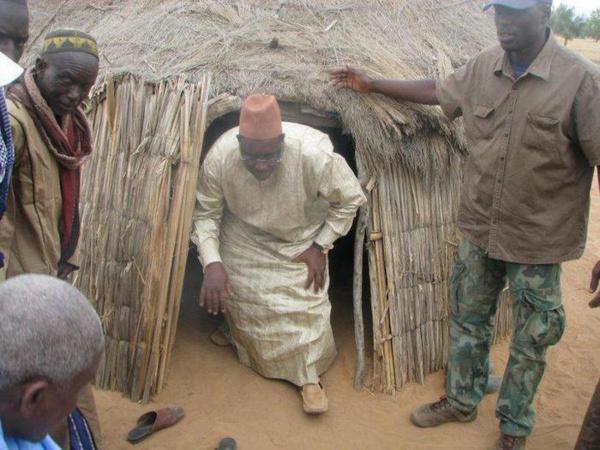 Énergie et Foncier : Le Chef de l'Etat éclaire les maisons et légitime les propriétaires ( Mamadou Moustapha FALL )
