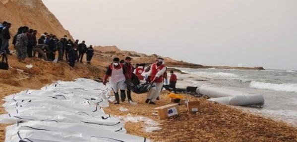 Des corps d'au moins 74 migrants africains retrouvés sur la côte libyenne