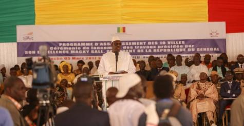 Macky Sall lance un vaste programme d'assainissement de 10 villes pour 60 milliards de francs CFA