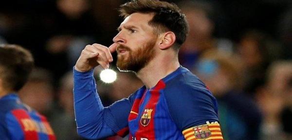 Lionel Messi mime un coup de téléphone après avoir marqué contre le Celta Vigo…Il explique pourquoi !