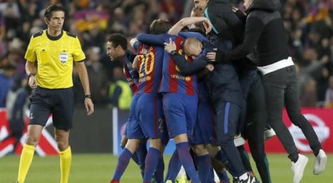 League des Champions:  La UEFA 'sanctionne' l'arbitre du match Barcelone - PSG