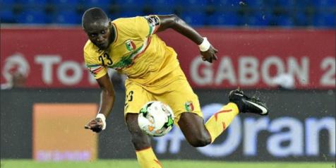 Le défenseur malien Ousmane Coulibaly, le 25 janvier 2017 lors du match de poule de la CAN face à l'Ouganda à Oyem (Gabon). © Issouf Sanogo/AFP