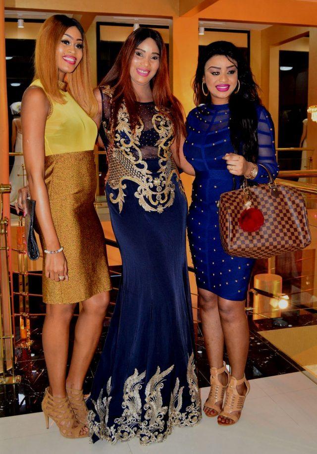 ( 07 Photos ) Qui est la plus belle entre ces deux Miss Sénégal? Astou Sall (2016) et Penda Ly (2012)