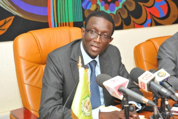Le ministre de l'économie, des finances et du plan, Amadou Bâ