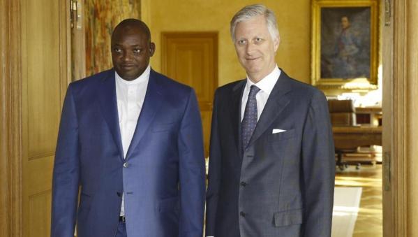 """Adama Barrow aux diplomates européens:""""Jammeh s'est exilé avec 80 millions d'euros (plus de 52 milliards F Cfa) !"""""""