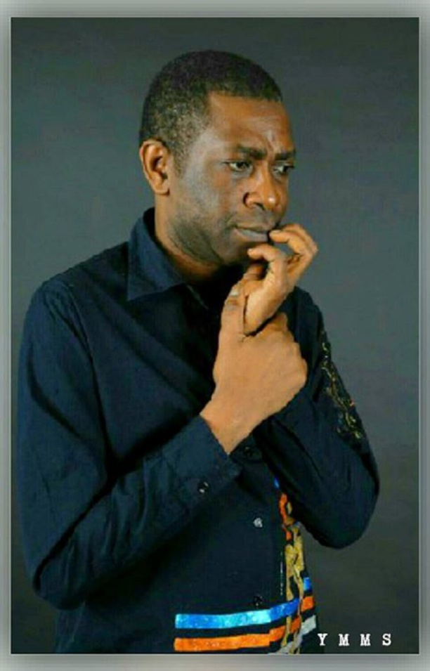 Youssou Ndour concilie micro et glamour