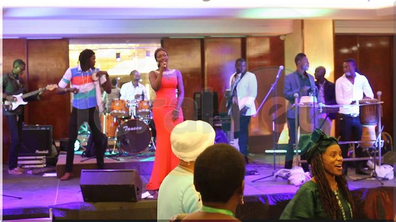 Photos- Coumba Gawlo Seck en quelques clichés lors d'un spectacle