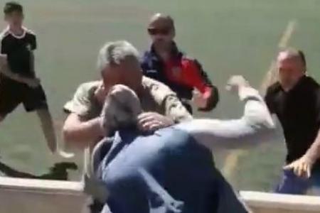 Vidéo-Bagarre générale entre parents lors d'un match de football pour enfants en Espagne: la vidéo qui fait le (bad) buzz