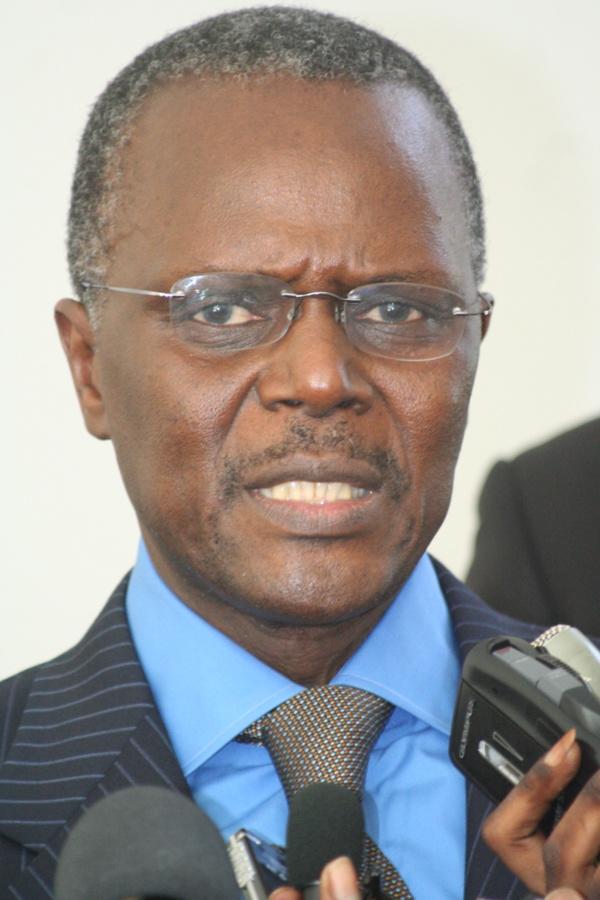 Ousmane Tanor Dieng demande au PS de réélire Macky Sall