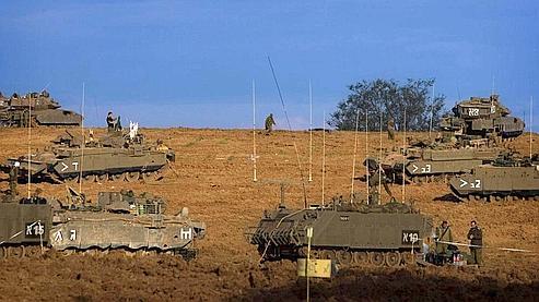Gaza : les troupes israéliennes attendent le signal pour entrer