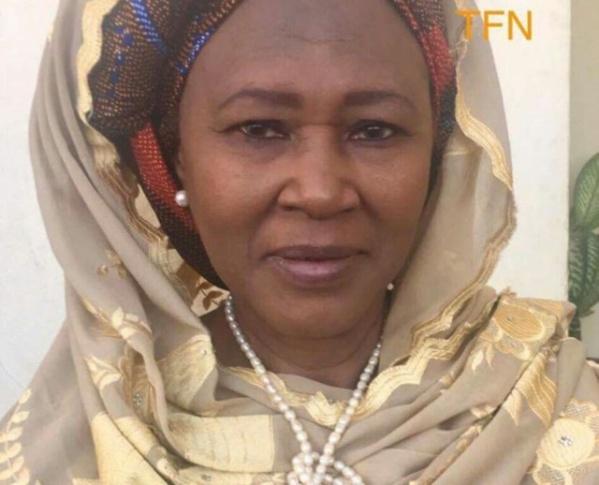 Défilé du 4 avril 2017, la vice-présidente gambienne élogieuse