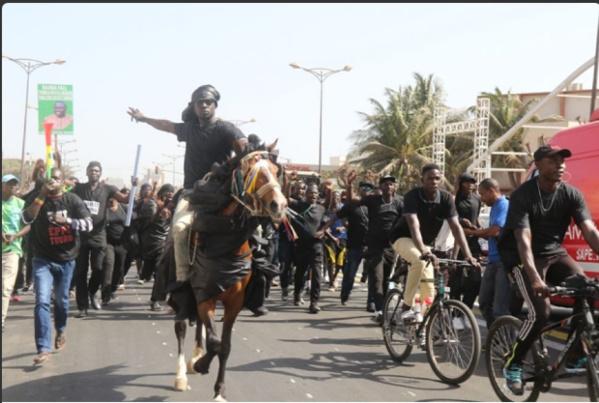 Photo- Manifestation de Y en a marre, l'image du jour...