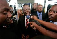 Tsvangirai menace de se retirer des pourparlers