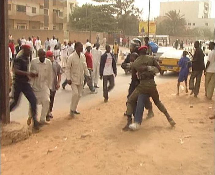 SENEGAL : LA DEMOCRATIE EN PERIL !