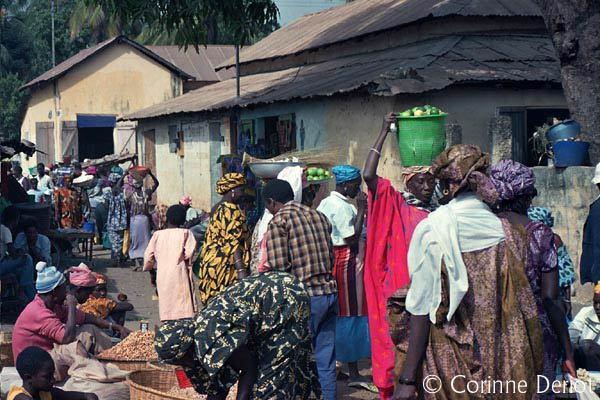 Insalubrité aux marchés de Ziguinchor : Les commerçants menacent de ne pas payer les taxes journalières