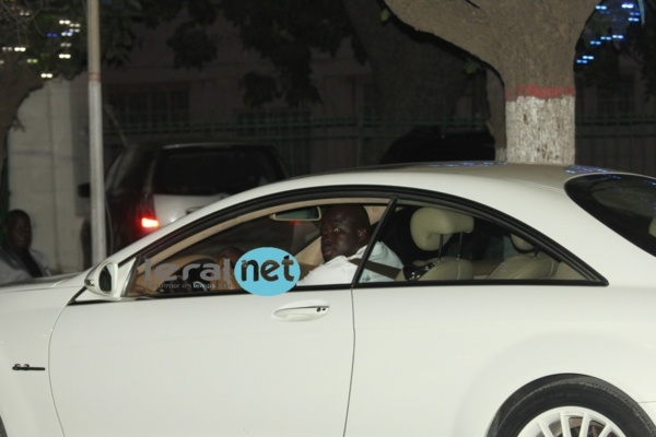 8 véhicules et 10 motos de luxe ont été perquisitionnés au parking et au domicile de Daouda Mbow
