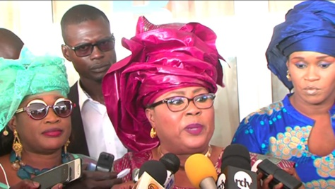Dernière minute : L'honorable députée Mme Ndèye Dieynaba Ndiaye est exclue du FSD-BJ de Cheikh Bamba Dièye