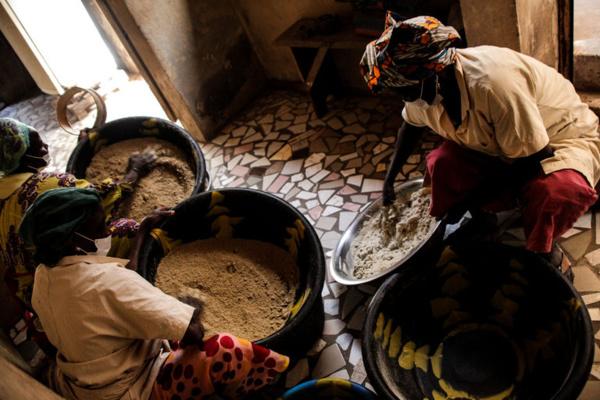 Dahra: Des femmes reçoivent 15 millions de Fcfa pour financer leurs activités économiques