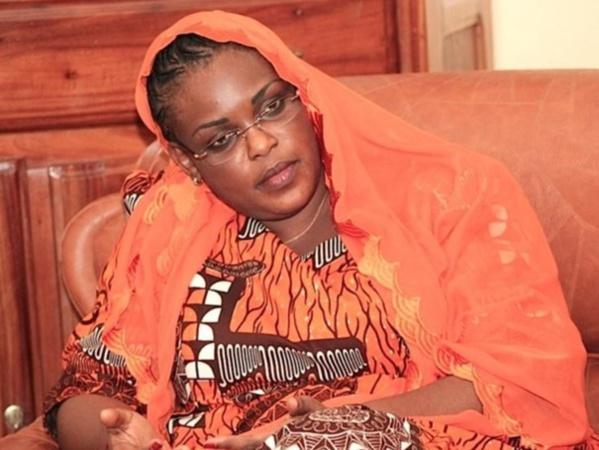 Présentations de condoléances : La Première Dame, Marème Faye Sall rend une visite surprise à El Malick Seck et THierno Sall
