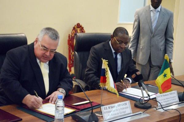 Mankeur Ndiaye et Oleg Ryasantsev ont eu le même jour une séance de travail, en marge d'un déplacement du ministre des Affaires étrangères et des Sénégalais de l'extérieur.