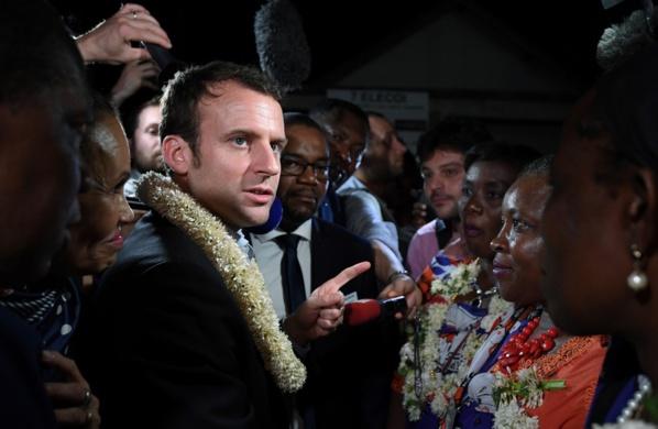 Présidentielle française: à Dakar, les partisans de Macron vont à la pêche aux voix