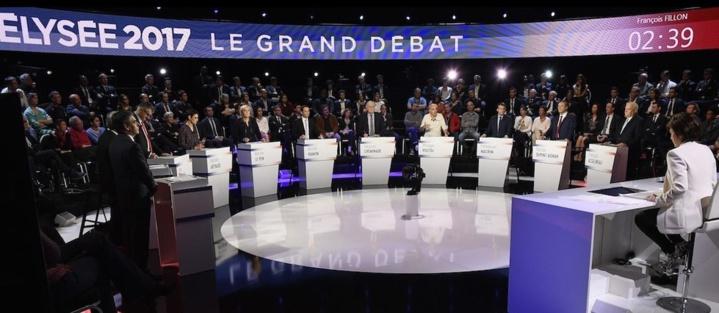 Présidentielle française: un ultime plateau télé pour les candidats