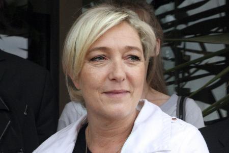 Marine Le Pen répond à Zinédine Zidane: «Avec ce qu'il gagne je comprends qu'il vote Macron!»