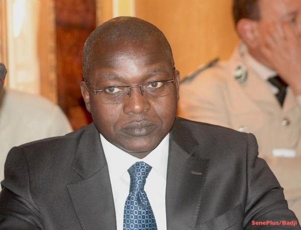 Oumar Guèye à Bettenty pour transmettre les condoléances du gouvernement