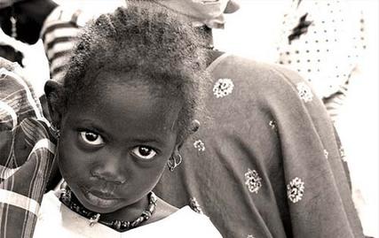 Viol aux parcelles assainies : Petit frère et chauffeur du député du PDS, il couche avec une fillette de 6 ans.
