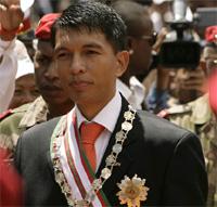 Andry Rajoelina investi