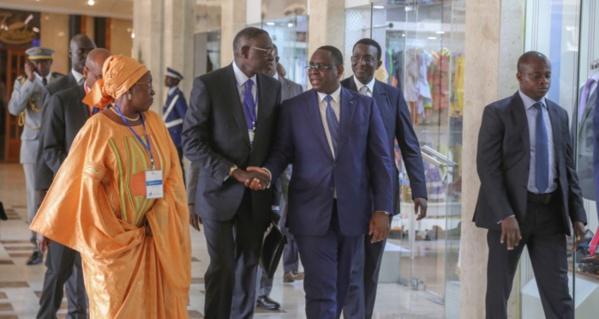 """""""Le secteur privé sénégalais a exploité 2150 milliards de francs CFA en 2016"""" (Macky Sall)"""