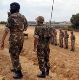 Deux militaires tués, trois autres blessés
