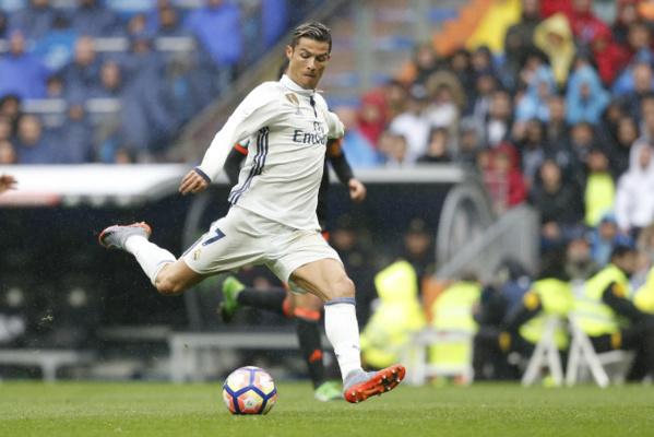 FC Barcelone, Real Madrid : Messi déclare ouverte la chasse à Cristiano Ronaldo