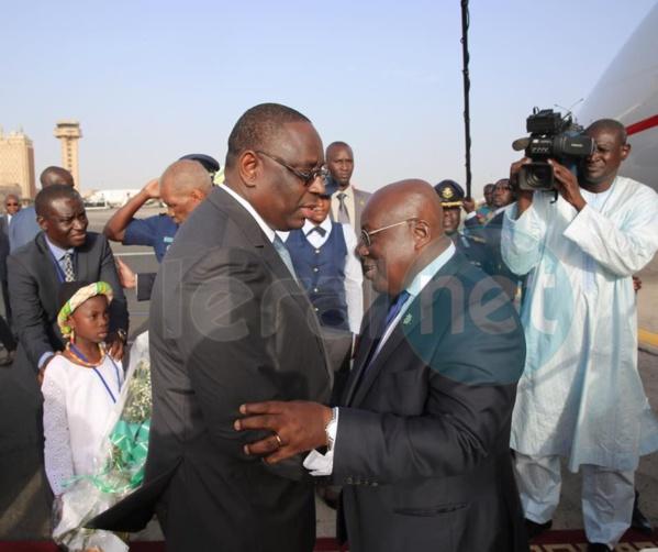 Le Président du Ghana est arrivé à Dakar ce lundi, Nana Akufo Ado est en visite d'amitié et de travail de 48 heures au Sénégal