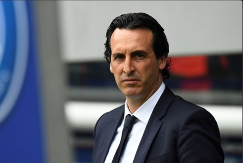 """Unai Emery à ses joueurs après PSG 4 - 0 Barcelone : """" Je connais Barcelone. On peut en prendre quatre là-bas. """" (L'Équipe)"""